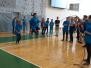 Lāču pamatskolas dejotāji spēlē un danco Madonā