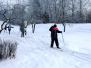 Naujenes pamatskola sporta stundās – uz slēpēm