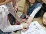 Naujenes pamatskolas 7. klases skolēni iejutās stilistu lomā
