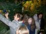 Špoģu vidusskolas skolēni aizraujošā piedzīvojumā pasaku mežā