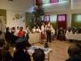 Špoģu vidusskolēni svin Ziemassvētkus senlatviešu garā